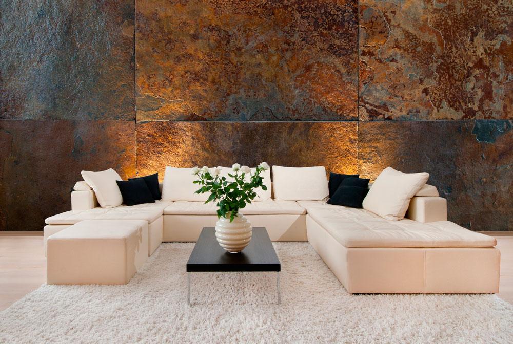 pared de piedra en el salón